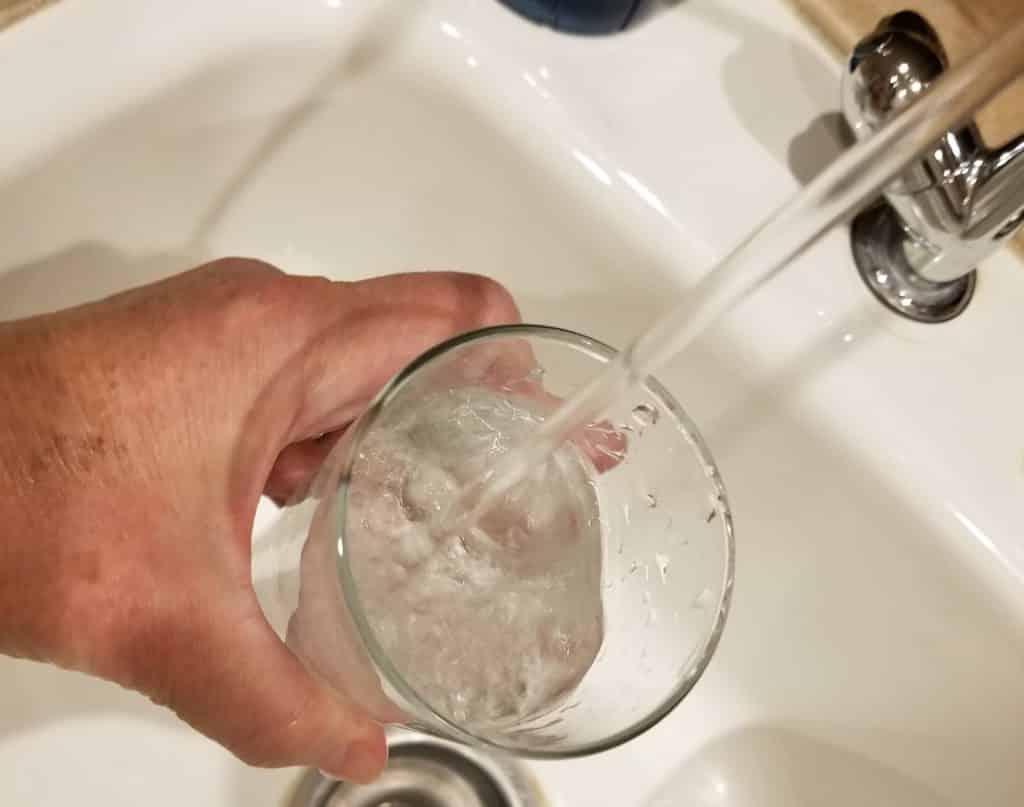 comment économiser l'eau du robinet